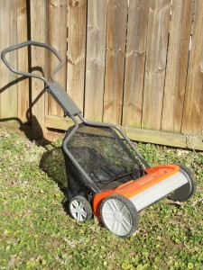 This push type mower has an attached grass catcher bag